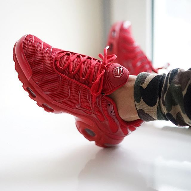 21cca06fd2aadf netherlands nike air max plus tn lava red a0fcb 7d006