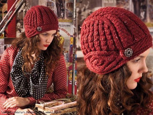 Шапка шлем вязаная для женщин