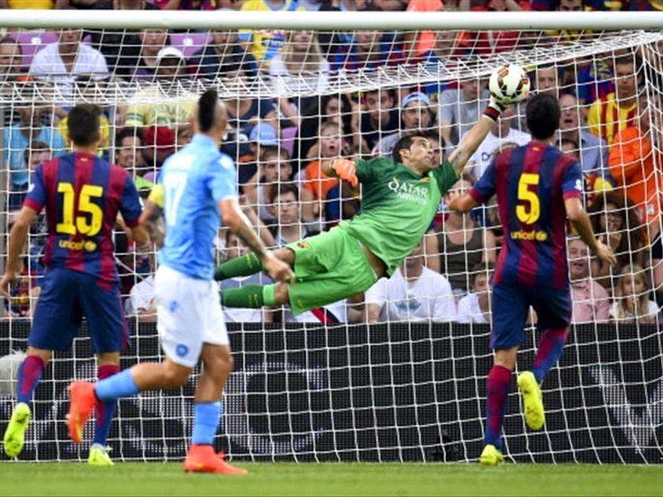 Barcelona Stars : Napoli beat Barcelona by goalkeeper Bravo mistake