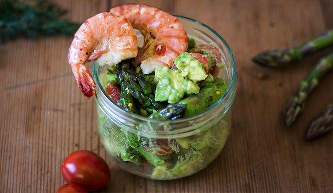 Avocado-Spargel Salat mit Garnelen