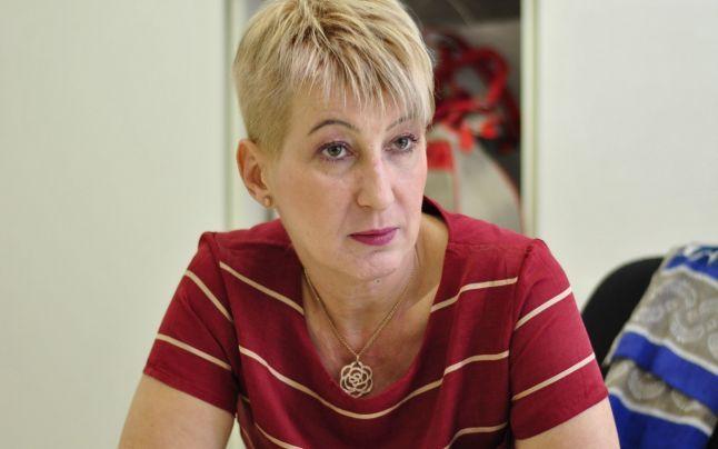 """Dr. Simona Tivadar:""""E revoltător  să vezi că  mamele  dau copiilor  merdenele pe drumul de la şcoală acasă"""""""