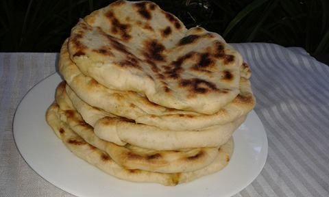 diana's cakes love: Placinte cu branza si marar