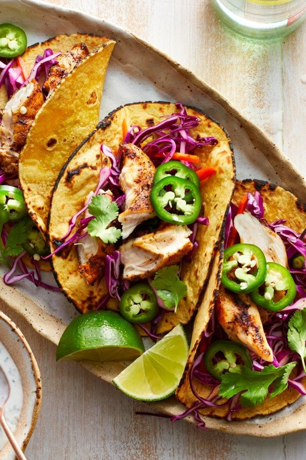 This Super Easy Grilled Chicken Tacos Recipe Is Perfectly Seasoned And Topped With A Delicio Grilled Chicken Tacos Chicken Taco Recipes Grilled Chicken Recipes