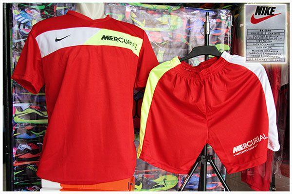 Setelan Kaos Nike Mercurial Merah Rp 75.000