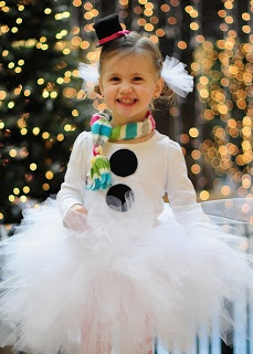 DIY Snowman TuTu costume.  I'm sure we'll need this for a school play sometime in the future.