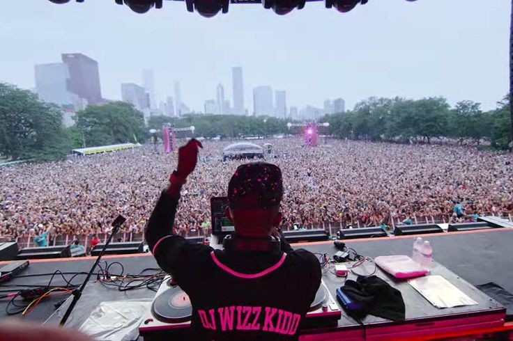 Facebook uses Lollapalooza to test a new live-streaming feature