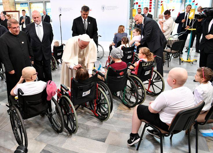 ŚDM 2016: papież Franciszek w szpitalu dziecięcym w Prokocimiu - Wiadomości