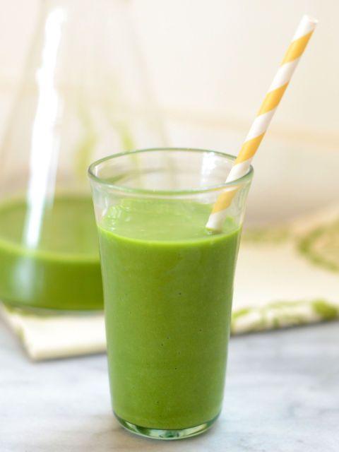 green smoothie - sub almond milk for Greek yogurt