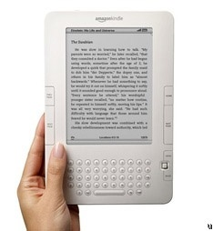 <3 my kindle!  But still love a book too!: Free Book, Website, Download Free, Free E Book, Amazon, Kindle