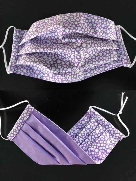 Surgical mask with elastic ear loops pattern