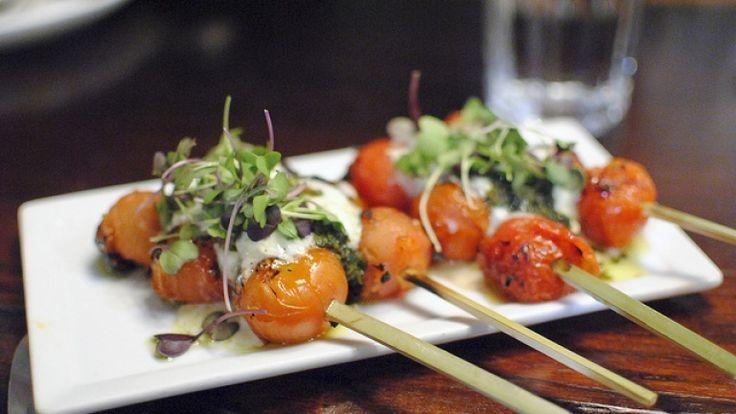 Spiedini di pomodorini, spiedini vegetariani, ricette light alla griglia