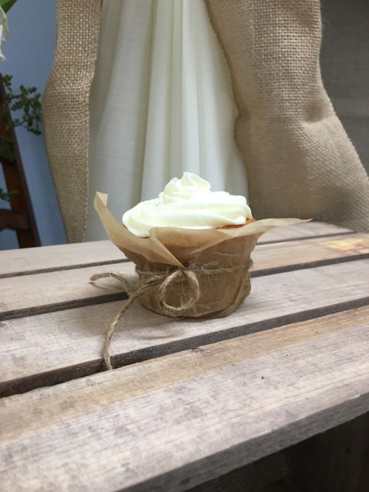 Rustic wedding Cupcakes  Un-bleached parchment paper n twine Cupcake wrappers Diy