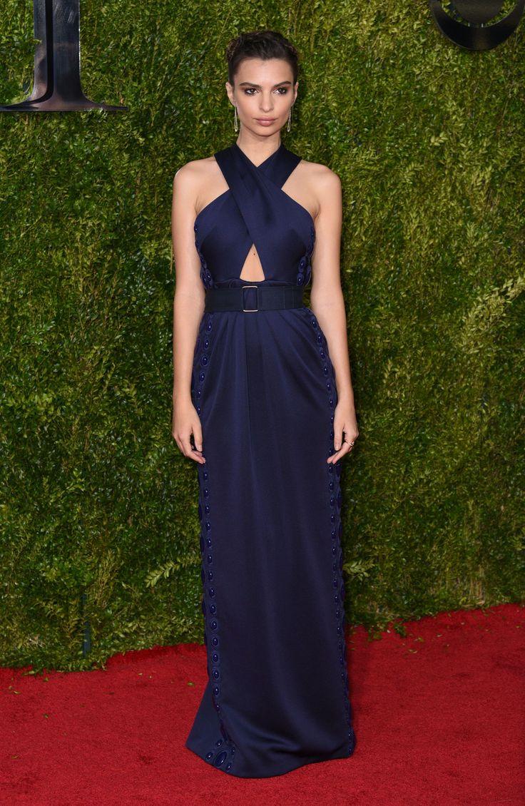 Emily Ratajkowski in Marc Jacobs, Tony Awards 2015