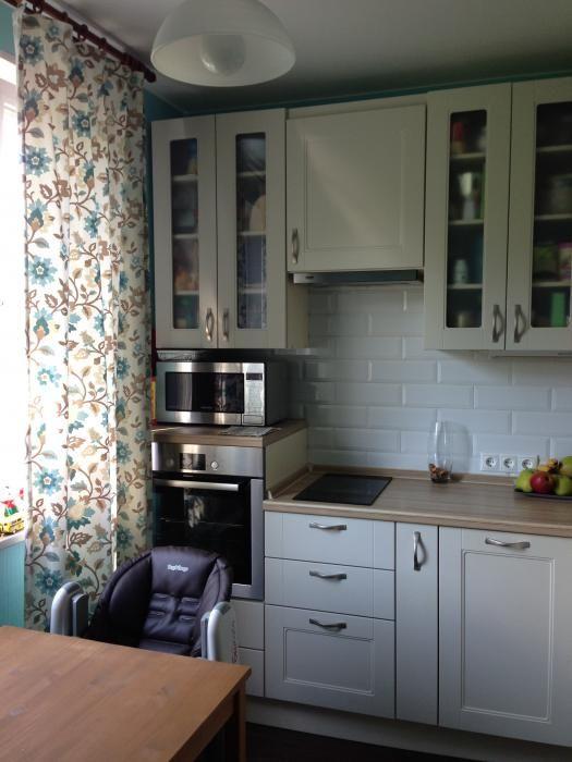 Кухня в однушке п-44