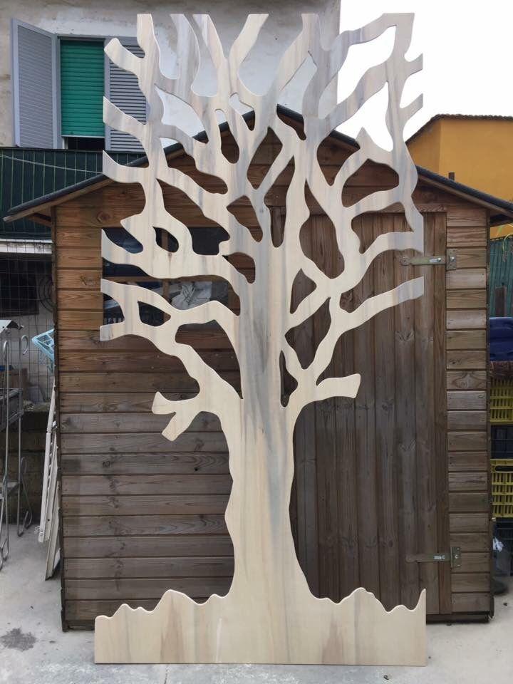 Albero decorativo sagomato su pannello di  legno