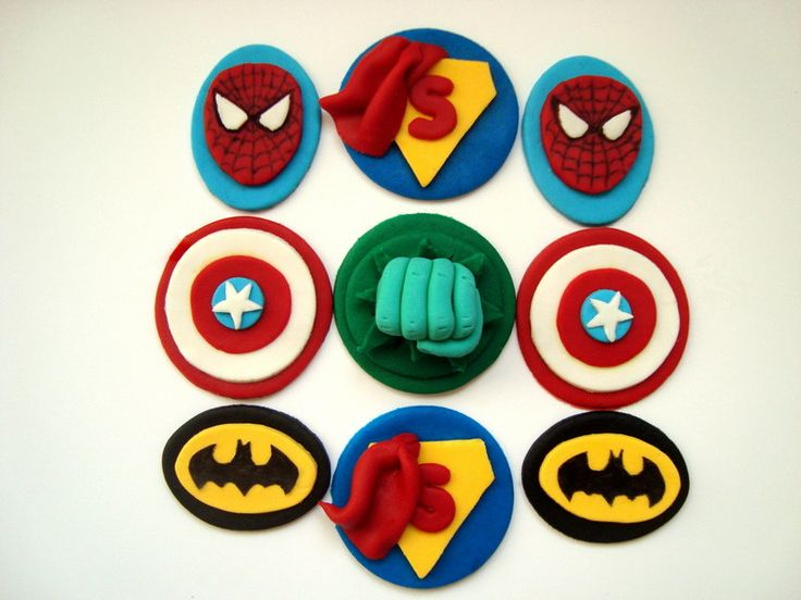 SuperHero Fondant Cupcake Toppers, Superman - Hulk - Spiderman - Batman - Captain Amerika Edible Cupcake, SuperHero Birthday Party, 12 pcs - pinned by pin4etsy.com