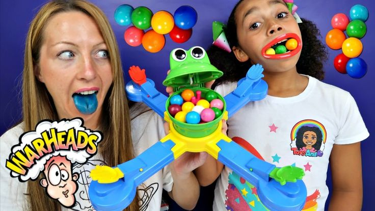 Mr Mouth Toy Challenge Game - Warheads Extreme Sour Candy - Bubble Gum G...