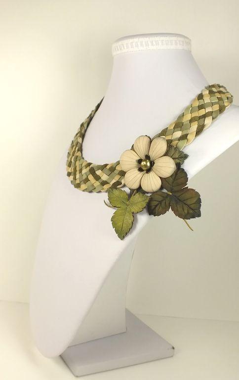 Оливково - Фисташковый Этюд. Колье и брошь из натуральной кожи. Handmade.