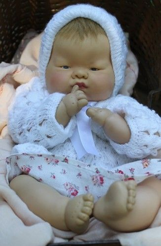 """Adorable 18"""" Baby Dear, 1960 by Vogue Baby Doll 