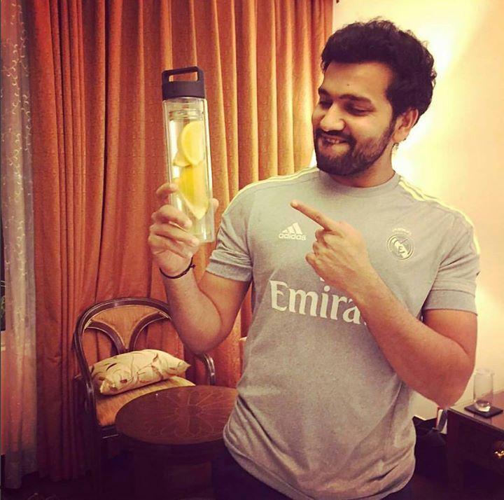 Rohit Sharma in his CANDID avatar! For more cricket fun click: http://ift.tt/2gY9BIZ - http://ift.tt/1ZZ3e4d