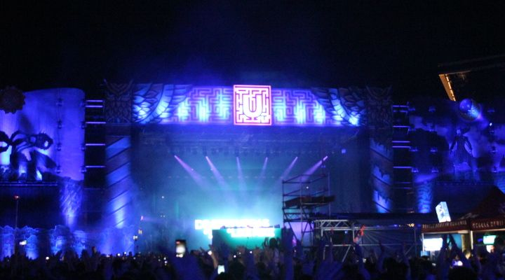 Day or night, UNTOLD is on fire!