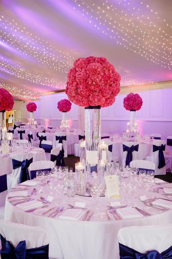 Bleu Marine Et Rose Des Couleurs Punchy Pour Mon Mariage Romantique Wedding Reception IdeasTable DecorationsWedding DecorationsPink