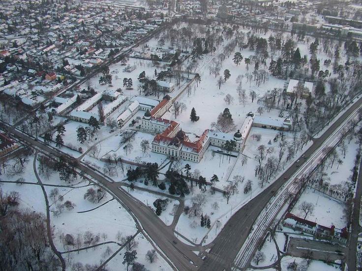 Royal Palace of Gödöllő in winter #Hungary #palace