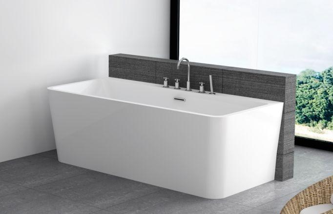 """13.500,- Et romslig og elegant """"Back-to-wall"""" designbadekar som er helstøpt i sanitærakryl, med både front- og to endepaneler. Lekkert og moderne badekar med sitteplass i begge ender. Leveres standard med designoverløp, justerbare ben og avløpsrør. Karkantarmatur kan enkelt monteres på badekarkanten inn mot veggen. Mål: L170 x B80 x H60 cm NRF nr: 621 5631 Vannmengde: 280L"""