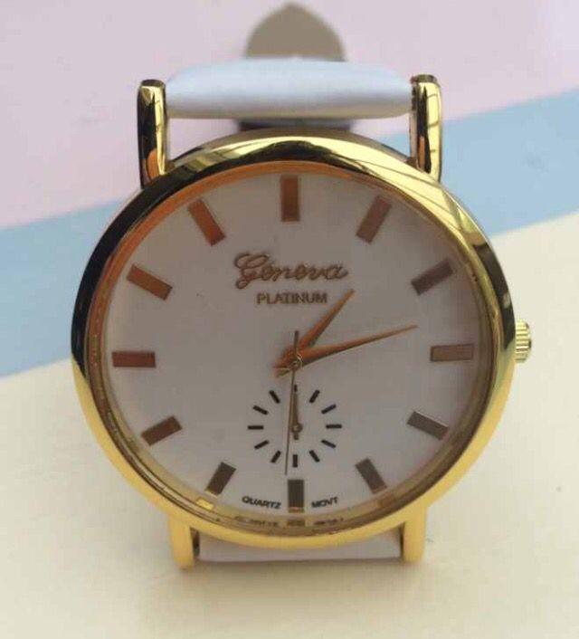 White Faux Leather Strap Women's Wristwatch #white #fauxleather #leather #women #womensfashion #fashion #ladies #watch #wristwatch #xmas http://m.ebay.co.uk/itm/White-Faux-Leather-Strap-Women-Wrist-Watch-Plain-Face-Ladies-Fashion-Xmas-/282101244787?nav=SELLING_ACTIVE