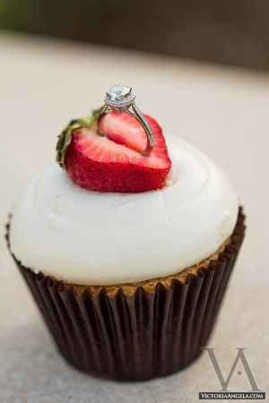 Cupcake proposal, what a delicious surprise!