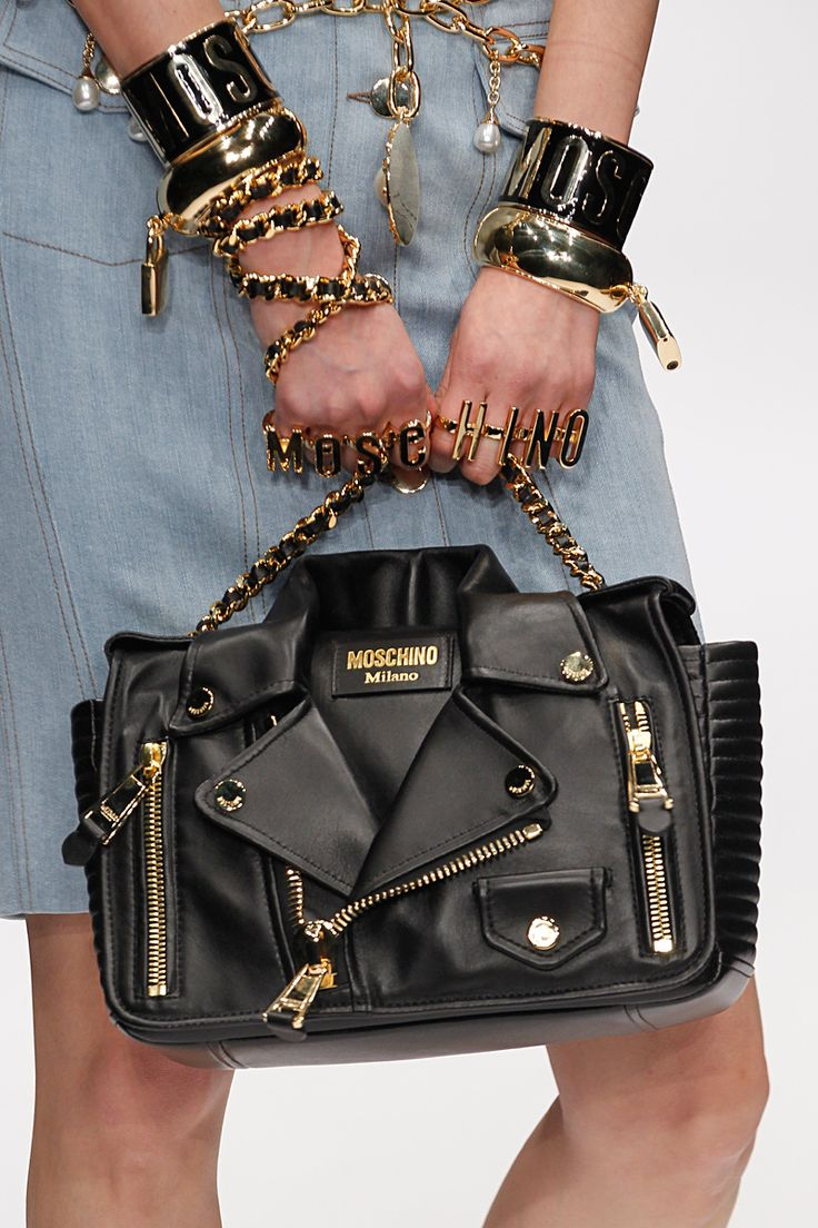 Trends: Statement Bag, Moschino // Fall fashion 2014: 231 photos of the top 10 trends of the season http://www.fashionmagazine.com/fashion/2014/08/18/fall-fashion-2014-top-10-trends/