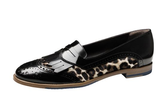 The Italian Oxford That's Missing From Your Life #refinery29  http://www.refinery29.com/agl-shoes#slide10