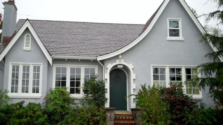 Window Haven installed Marvin wood retrofit windows on this stucco home.