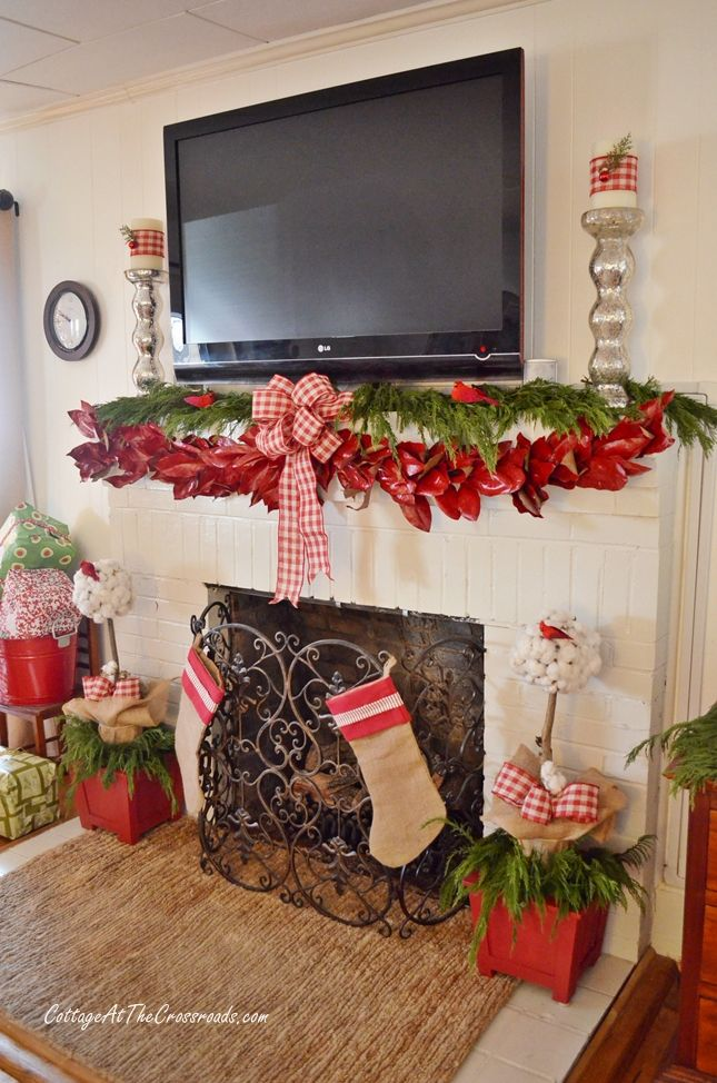 118 Best Images About Christmas Garland Mantel Ideas On Pinterest Christmas Garlands