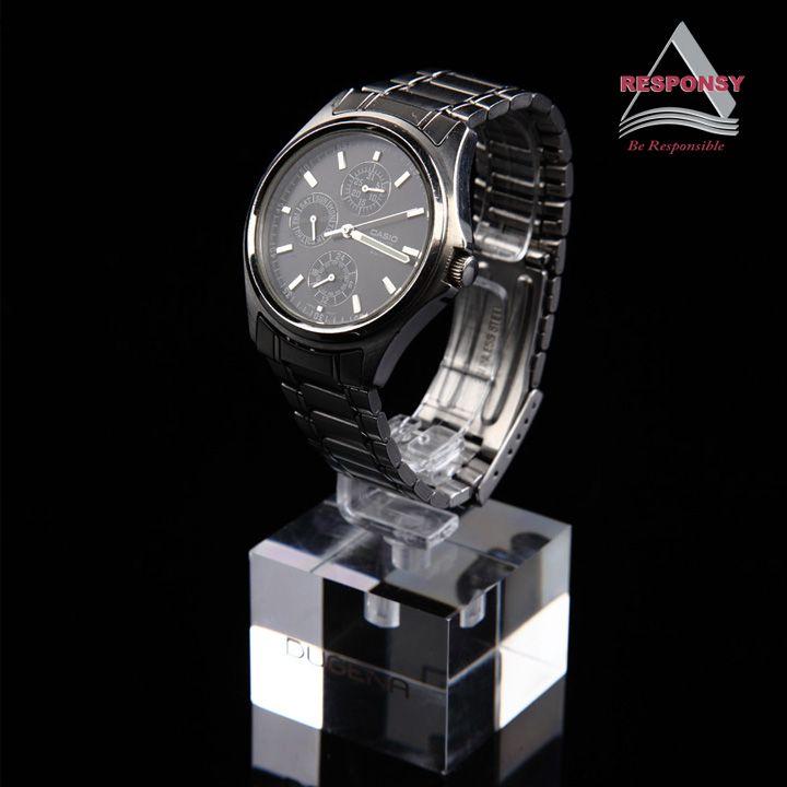 Custom design watch display stand acrylic material