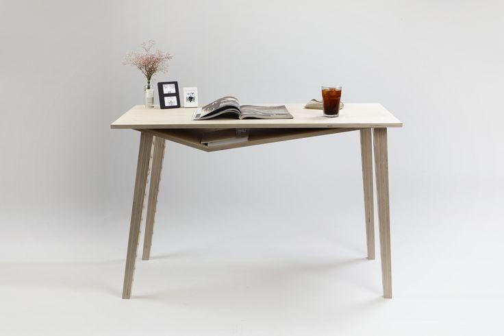 일상 속의 특별함을 담은 가구 #Mini_Edge_Desk #HongEunPark #상명대학교 #산업디자인 #제품디자인 #가구디자인 #졸업전시회 #졸전 #플럭서스 #변화 #흐름 #컨셉 #가구 #테이블 #책상 #작업 #furniture #fluxus #flow #flux #concept #design #desk #table #industrial #product #image #2016 #13th #degreeshow