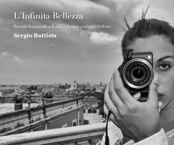 Il libro propone una serie di ritratti femminili ripresi in alcuni luoghi di Roma dove è stato girato il film premio Oscar La Grande Bellezza. Le immagini sono in bianco e nero. The book offers a series of female portraits taken in some places in Rome where it was filmed the Oscar-winning film The Great Beauty. The pictures are in black and white.