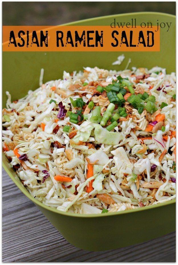 Salada asiática de macarrão ramen