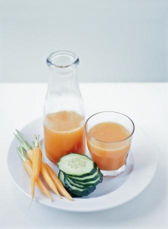 Centrifughe & Elisir    Rigeneranti mix a base di carote, cetrioli e zenzero. Vero drink vitaminico.