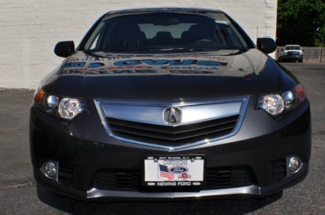 http://showroom.auction123.com/newins_ford/inventory/9105/2011/Acura/TSX/JH4CU2F64BC009406.html