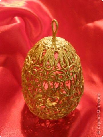 Поделка изделие Пасха Золотое яйцо в технике пейп-арт Бумага фото 1