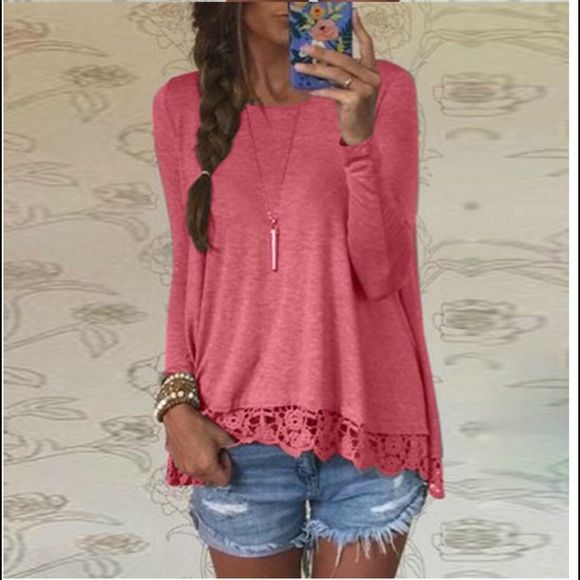 ❤️❤️❤️NEW. Bright pink top❤️❤️❤️ Great top with lace bottom. Perfect for casual or dress up. Tops