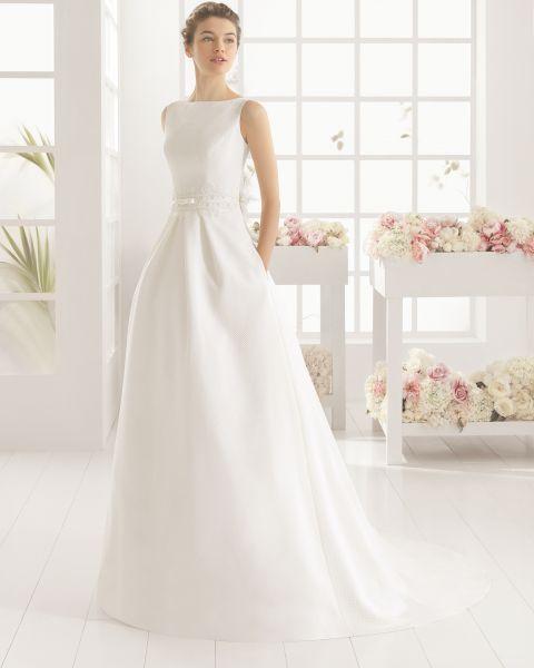 Resultado de imagen para vestido de novia con faldas corte A, sencillas y minimalistas