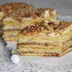Kijevi krémes sütemény recept képpel, pontos hozzávalókkal és elkészítési leírással. Kipróbált Krémes sütik, Omlós tészta, Összes, Ünnepek recept, biztos siker.