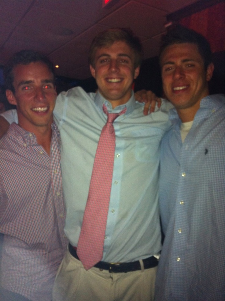 Frat. Did anybody notice that this is Steele Stanwick or is that just me?