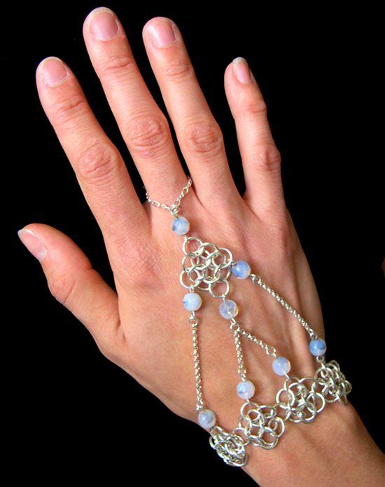 handflower_opal chainmaille pattern - Blue Buddha