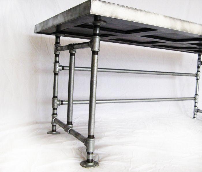 Best 25 Pipe desk ideas on Pinterest Industrial pipe desk Pipe