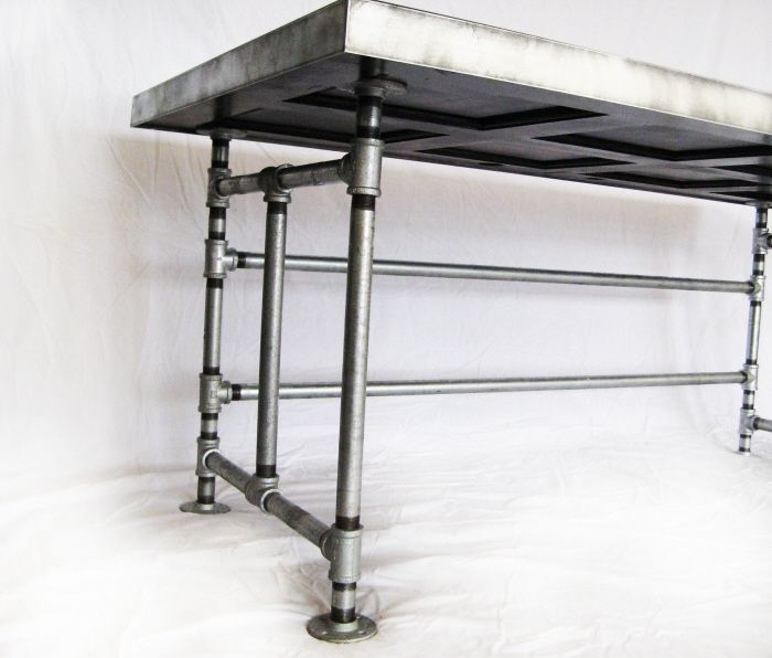 Tutorial: Salvaged Door and Galvanized Pipe Desk