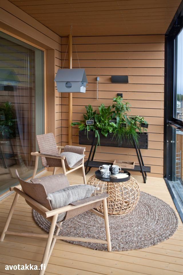 Keisha saved to BALCONIESbois, beige, noir #homedesignideas #balconydesign #balconyideas