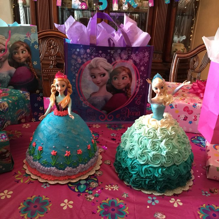 * Frozen Birthday Party * Ana and Elsa Cakes - by: Teri Blazek :)
